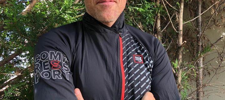 Hurricane Jacket V2 by Compressport : Ou quand légèreté, confort et performance s'unissent à merveille dans une veste de toute beauté !