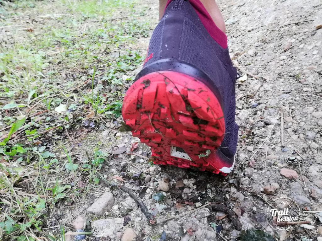 photo chaussures SALOMON S-LAB ULTRA 3 système Contagrip