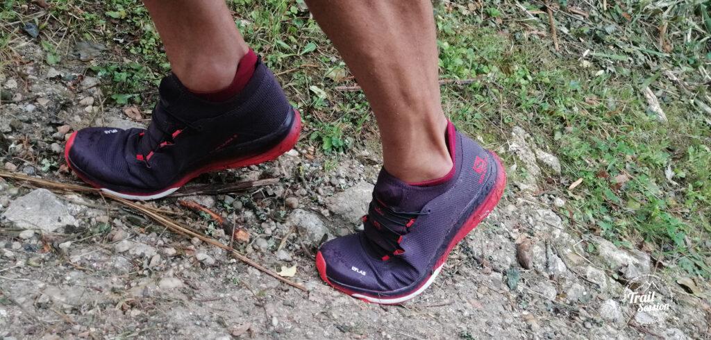 photo chaussures SALOMON S-LAB ULTRA 3 en forêt