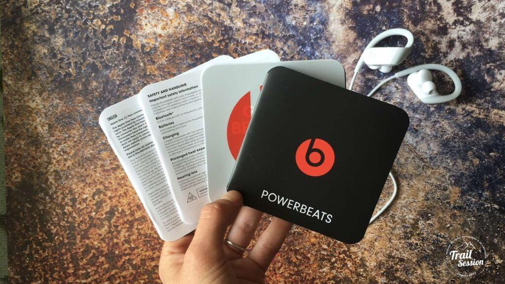 Powerbeats : documents dans le coffret