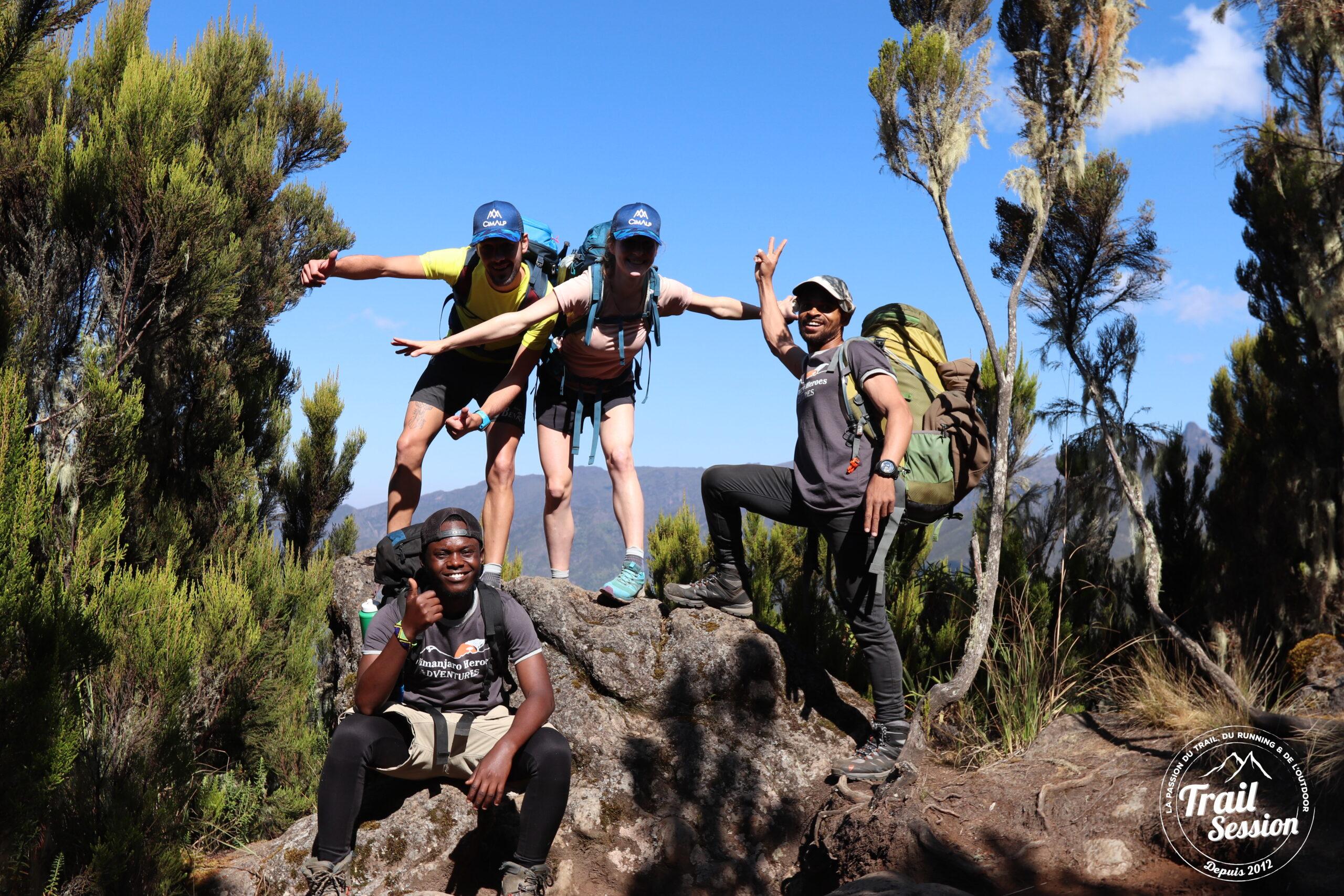 Casquette en route pour le Kilimanjaro